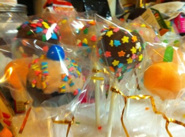 Birthday cake pops